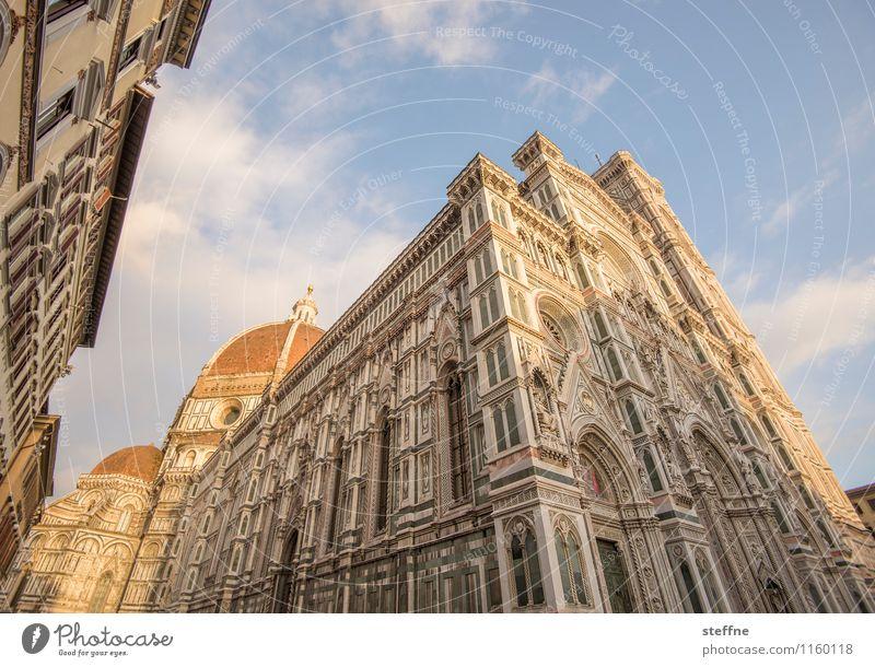 Santa Maria nel Sole Sonnenaufgang Sonnenuntergang Sonnenlicht Frühling Schönes Wetter Florenz Toskana Italien Kirche Dom Fassade ästhetisch außergewöhnlich