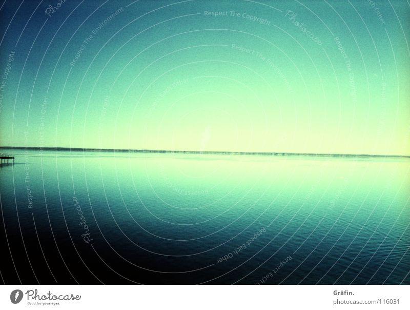 Hinterm Horizont geht's weiter Wasser Himmel weiß blau Sommer Ferne Wellen Küste Horizont Aussicht Sehnsucht Steg Heimat Niedersachsen Steinhuder Meer