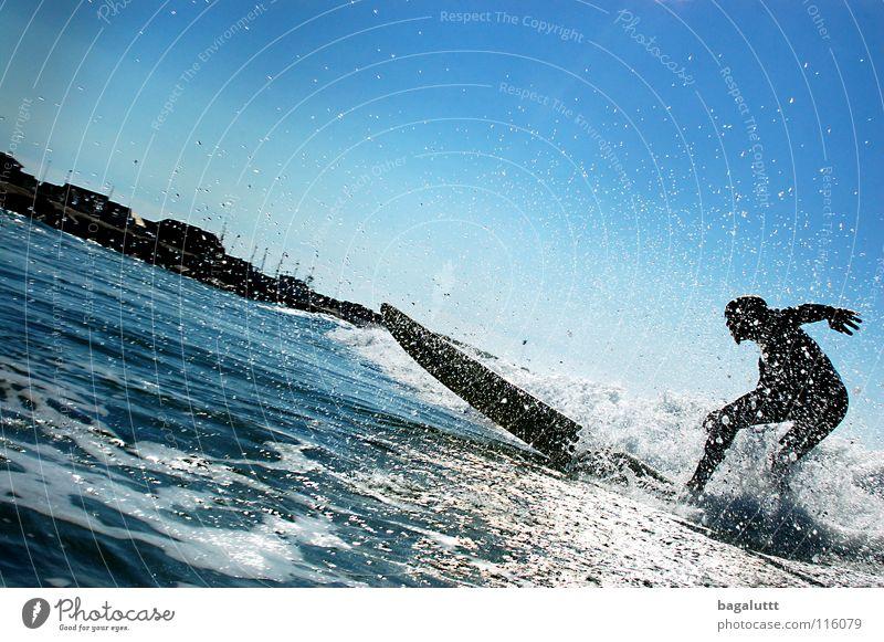 gegenlicht Surfbrett extrem Wellen Meer Wassersport Horizont Küste Strand Ferien & Urlaub & Reisen grün weiß mystisch Brandung Umwelt Gefühle Erfrischung Wolken