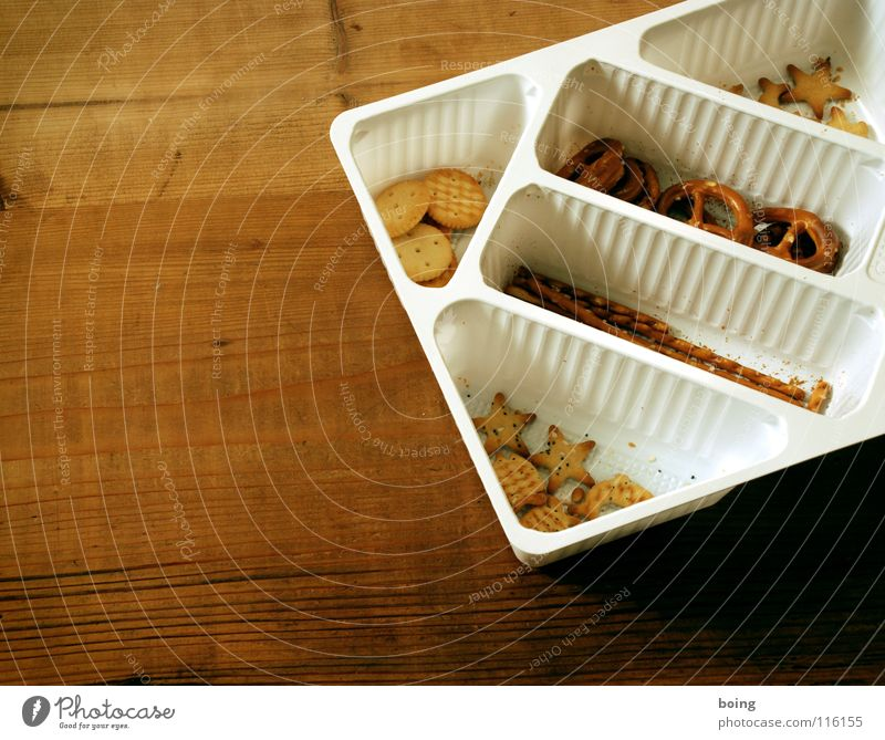feste Nahrung A Salzstangen Fingerfood Backwaren Ernährung Silvester u. Neujahr Skat Betriebsfest Pokal Fan Packung Fett lecker salzig Gesellschaftsspiele