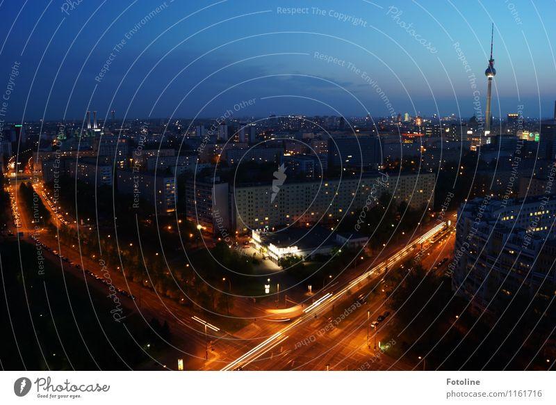 Langsam wirds dunkel Himmel Nachthimmel Stadt Hauptstadt Stadtzentrum Haus Turm Bauwerk Gebäude Architektur Sehenswürdigkeit Wahrzeichen Ferne Berlin