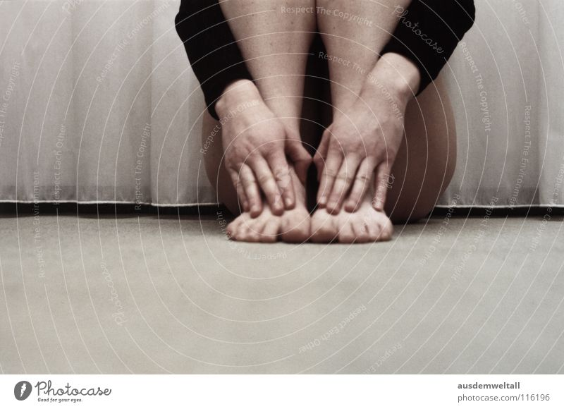 Kopflos Mensch Hand feminin Gefühle Fuß planen analog