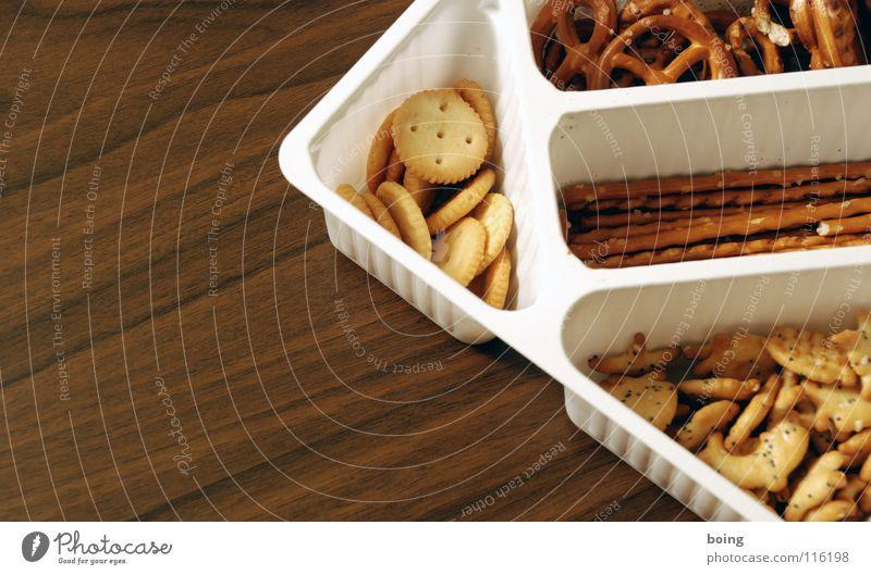 feste Nahrung C Salzstangen Fingerfood Backwaren Ernährung Silvester u. Neujahr Skat Betriebsfest Pokal Fan Packung Fett lecker salzig Gesellschaftsspiele