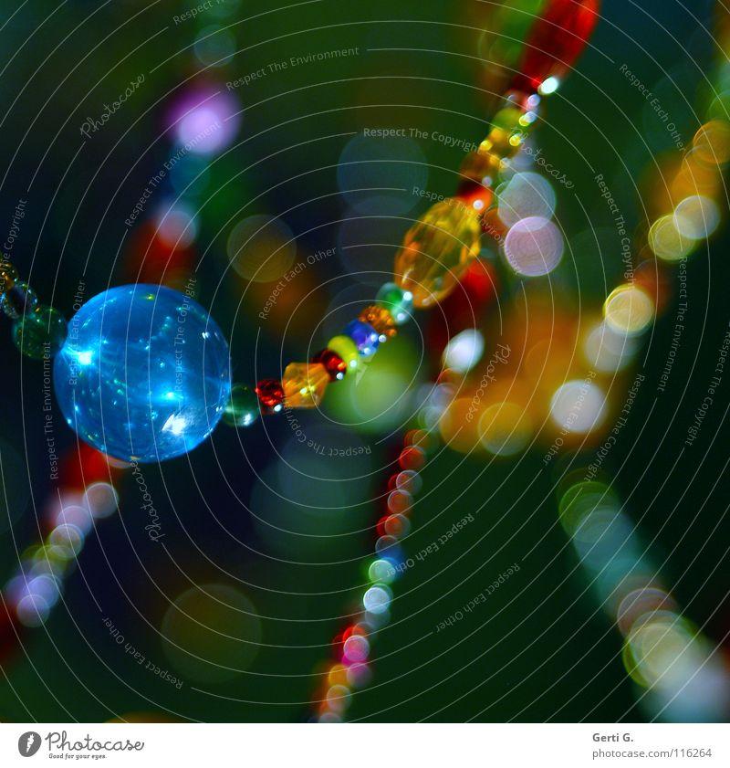 HER BEAUTIFUL KLUNKER Lampe Schmuck Kronleuchter violett mehrfarbig Lichtpunkt Unschärfe niedlich türkis bernsteinfarben Perlenkette lichtmagnetisch Farbfleck