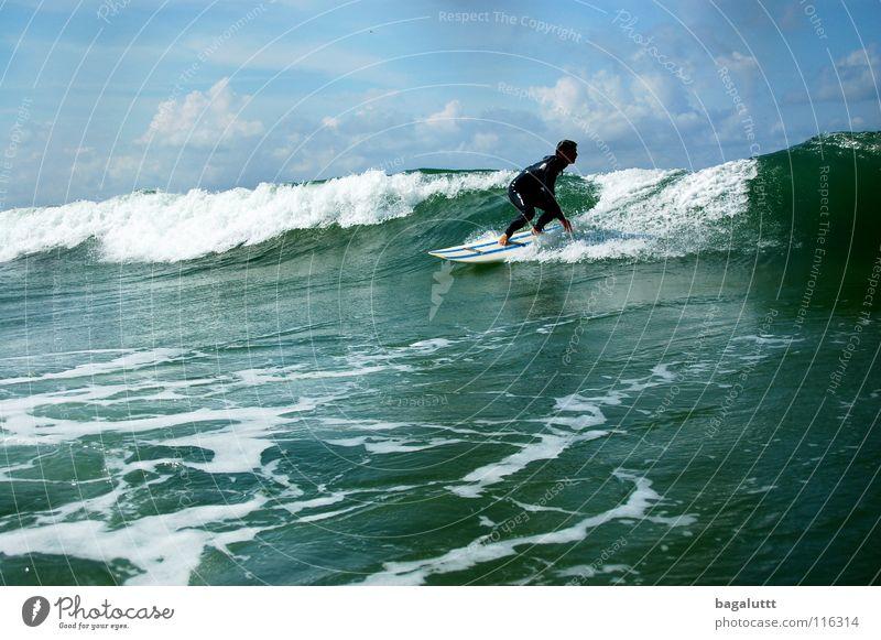 northsea Surfbrett extrem Wellen Meer Wassersport Horizont Küste Strand Ferien & Urlaub & Reisen grün weiß mystisch Brandung Umwelt Gefühle Erfrischung Wolken