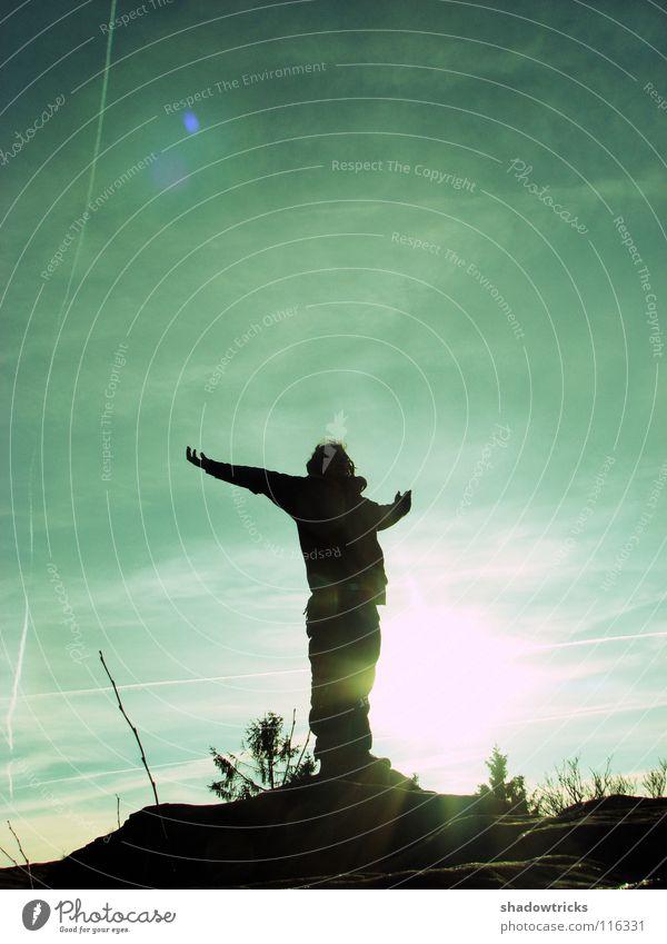 NATUR PUR! Gegenlicht Rastalocken rein Hügel Mensch Himmel Freiheit Sonne Silhouette Natur natur pur Wildtier wildlife Berge u. Gebirge Perspektive natürlich