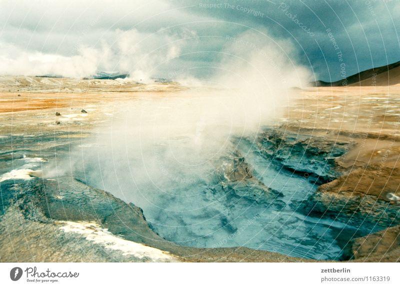 Island (17) Himmel Natur Ferien & Urlaub & Reisen Wasser Wolken Ferne kalt Reisefotografie Berge u. Gebirge Felsen Horizont Tourismus Nebel Textfreiraum Insel