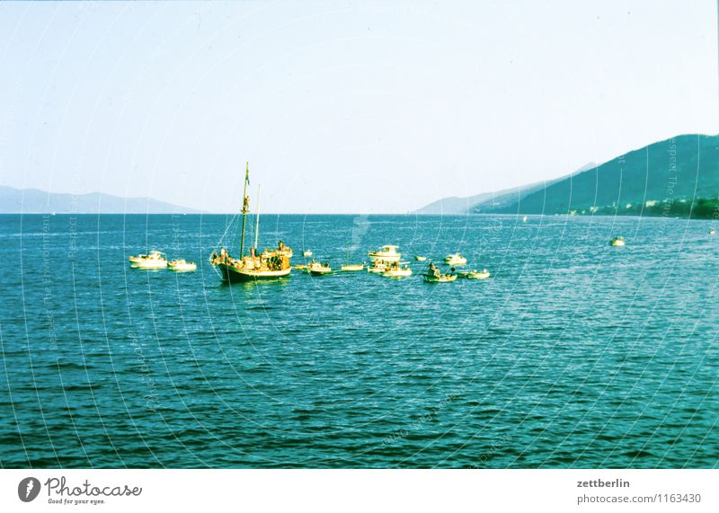 Island (2) Insel Ferne Sehnsucht Nordsee Skandinavien Ferien & Urlaub & Reisen Reisefotografie Tourismus Norden Geysir Wasser Wasseroberfläche Meer
