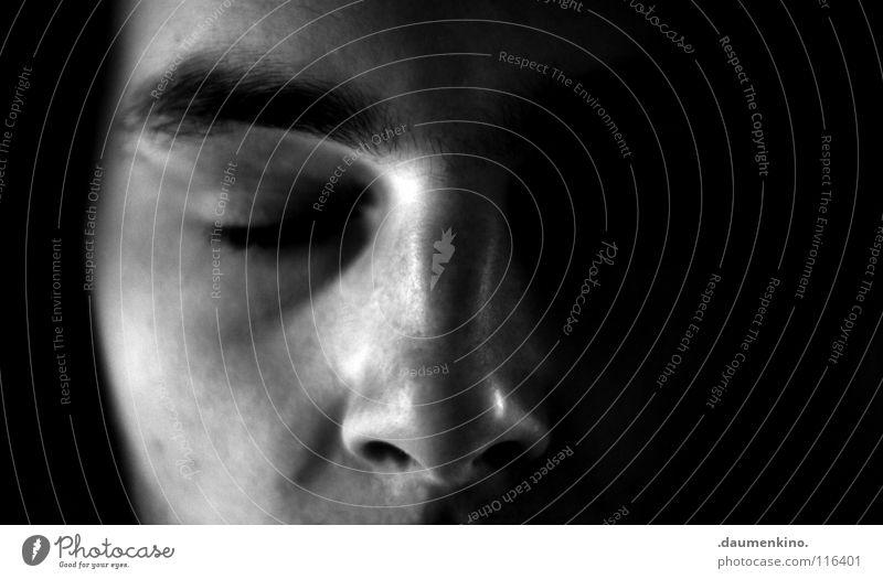 Pazifist Mensch Mann Gesicht ruhig Mund Nase Lippen Frieden Vertrauen Gelassenheit Müdigkeit Bart Falte Fleck harmonisch Selbstportrait