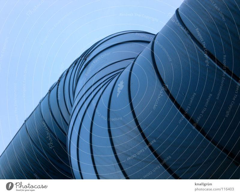 Metallwurm Himmel blau Industrie Röhren Leitung gekrümmt Schweißnaht