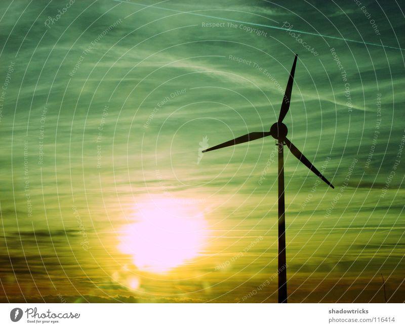 Alternative Energie Windkraftanlage Elektrizität Kraft Kondensstreifen gelb grau zyan Stadtwerke alternativ Umweltschutz Industrie Sonne Energiewirtschaft