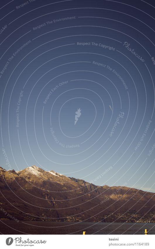 Goldene Spitze Himmel Natur Ferien & Urlaub & Reisen blau Umwelt Berge u. Gebirge See Gipfel Alpen Schneebedeckte Gipfel Wolkenloser Himmel