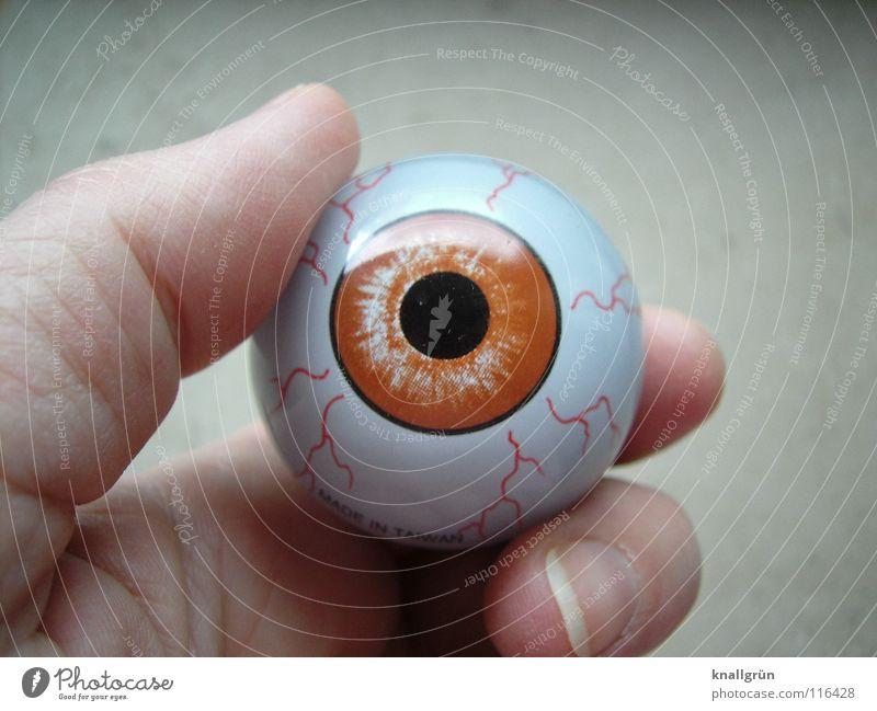Durchblick Hand Auge Finger Vergänglichkeit obskur Pupille Lichteinfall