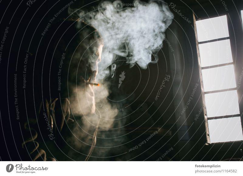 leben_trotz Mensch Mann Einsamkeit Erwachsene Leben geheimnisvoll Rauchen Rauchwolke