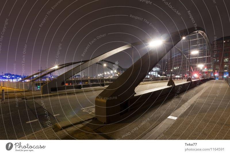 Hamburg Nachts #2 Sightseeing Stadt ästhetisch Hamburger Hafen Nightscape Farbfoto Außenaufnahme