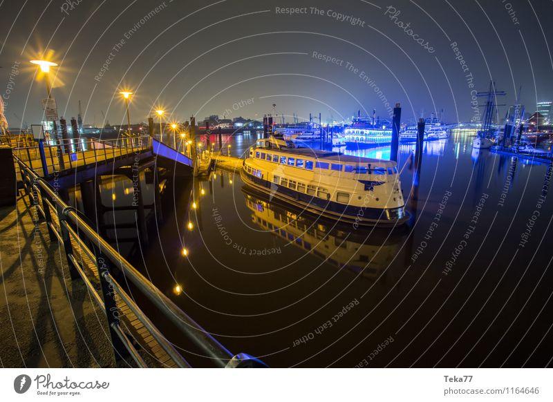 Hamburg Hafen NACHTS V Stadt ästhetisch Denkmal Wahrzeichen Sehenswürdigkeit Hafenstadt Hamburger Hafen