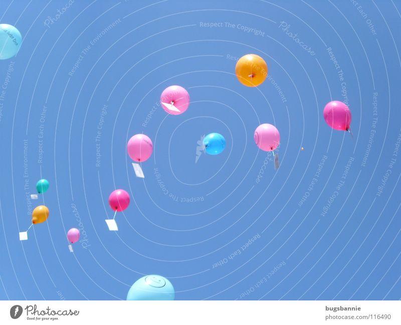 Luftballons Himmel blau Freude Spielen Post rosa fliegen hoch Luftverkehr Freizeit & Hobby Sportveranstaltung Luftpost