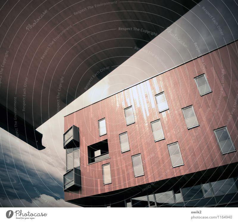 Anbau Himmel Wolken Bautzen Kleinstadt bevölkert Bauwerk Gebäude Architektur Moderne Architektur Fassade Fenster Markise oben eckig Neigung Fliesen u. Kacheln