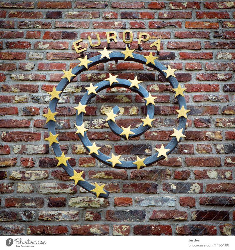 Europa Mauer Wand Backsteinwand Spirale Stern (Symbol) Stein Metall Zeichen Schriftzeichen Eurozeichen ästhetisch authentisch elegant positiv rund selbstbewußt