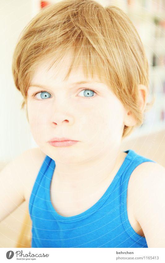 ...bengel Junge Familie & Verwandtschaft Kindheit Haut Kopf Haare & Frisuren Gesicht Auge Ohr Nase Mund Lippen 3-8 Jahre blond langhaarig beobachten Coolness