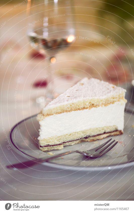 Hochzeitstorte. Lebensmittel ästhetisch Torte Kuchen Kuchengabel Kaffeetrinken Weißwein Weissweinglas Kaffeepause Kaffeetisch lecker Kalorienreich ungesund