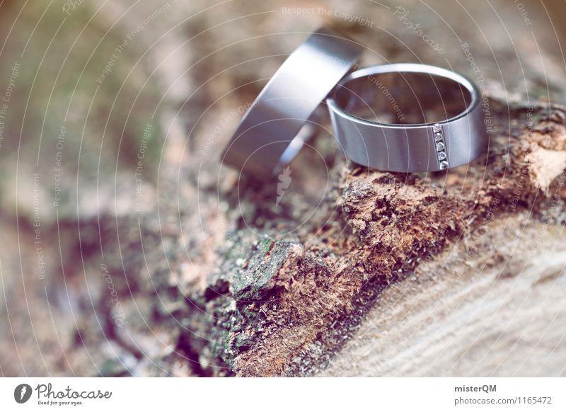 Hochzeitsringe I Kunst ästhetisch Zufriedenheit Ring Hochzeitszeremonie 2 Zusammensein Baumstamm dezent Romantik Farbfoto Gedeckte Farben Außenaufnahme