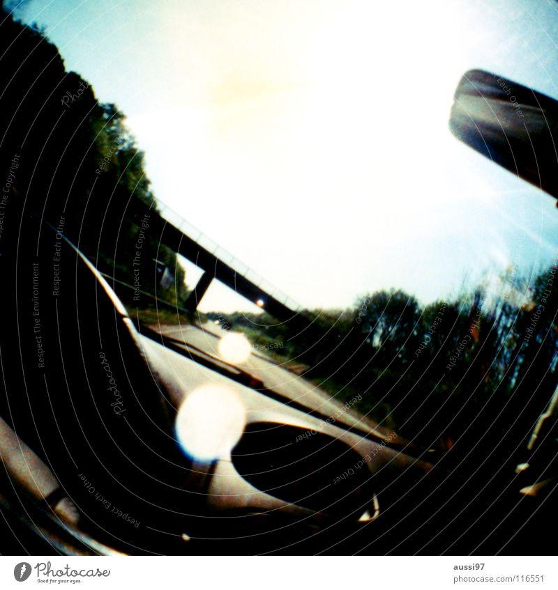 A33 Ferien & Urlaub & Reisen Wege & Pfade PKW Verkehr Perspektive fahren Spiegel Autobahn Verkehrswege Autofahren Fensterscheibe Wagen Windschutzscheibe Rückspiegel Armaturenbrett Armatur