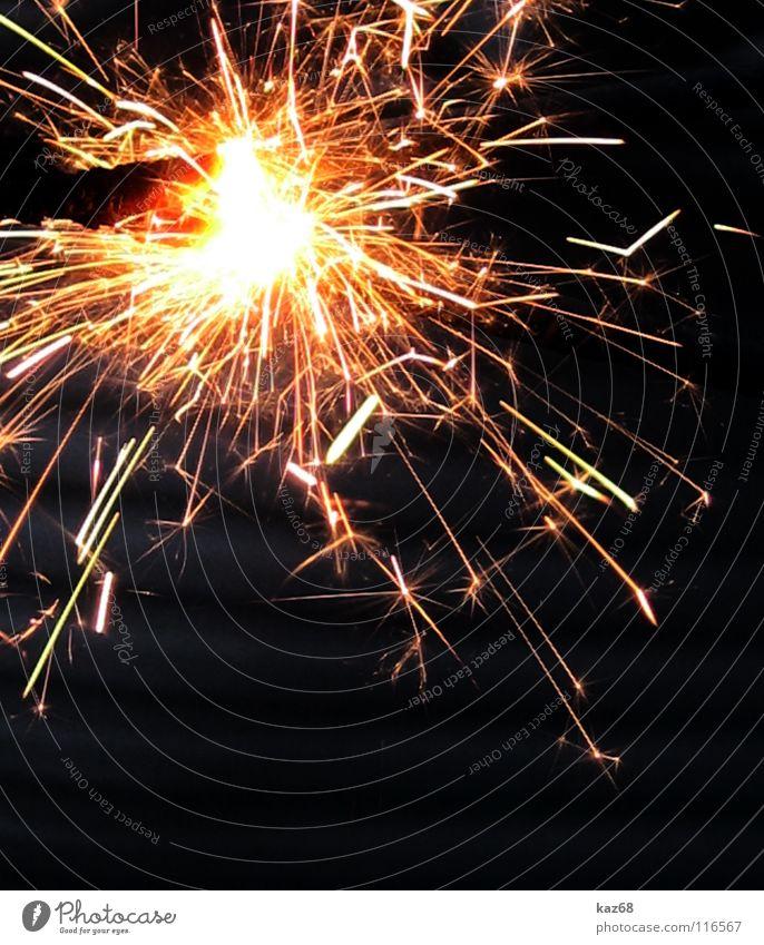 FROHES NEUES Weihnachten & Advent schön Freude schwarz dunkel Party Lampe hell Feste & Feiern Geburtstag Stern (Symbol) heiß Silvester u. Neujahr brennen Feuerwerk glühen
