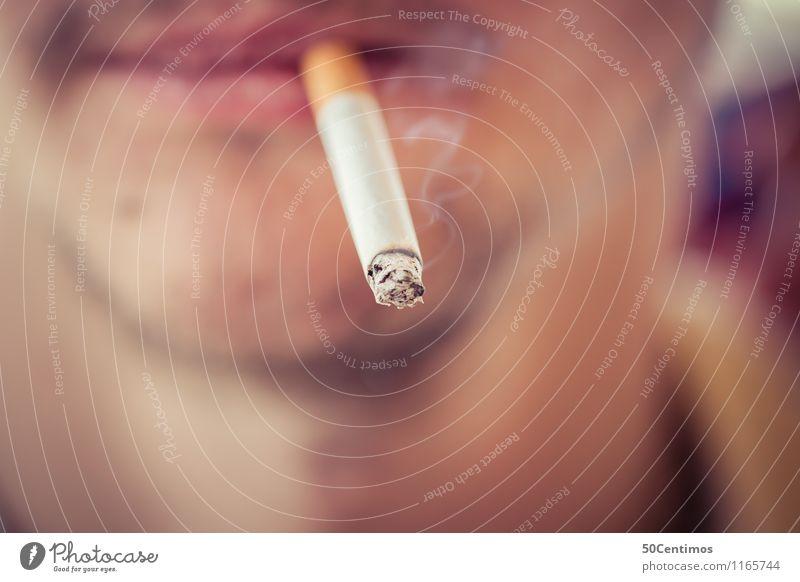 Smoking young man Mensch Jugendliche Mann Junger Mann Erholung 18-30 Jahre Gesicht Erwachsene Lifestyle Gesundheit Gesundheitswesen maskulin dreckig Mund