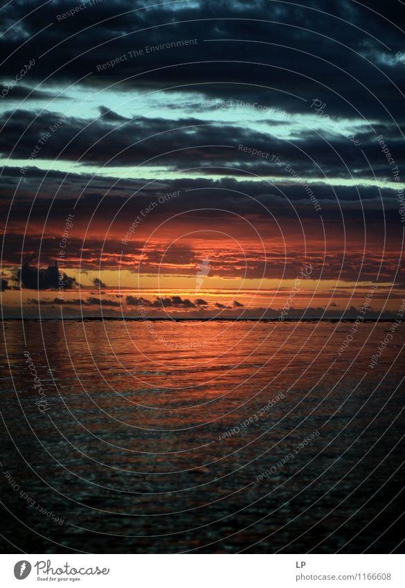 Himmel Natur schön Wasser Landschaft Wolken Umwelt gelb Wärme oben Horizont träumen Zufriedenheit Luft leuchten gold