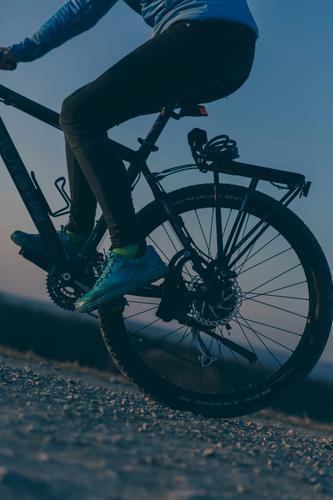 mountainbike Lifestyle sportlich Fitness Leben Freizeit & Hobby Ferien & Urlaub & Reisen Fahrradtour Berge u. Gebirge Sport Mountainbike Mountainbiking