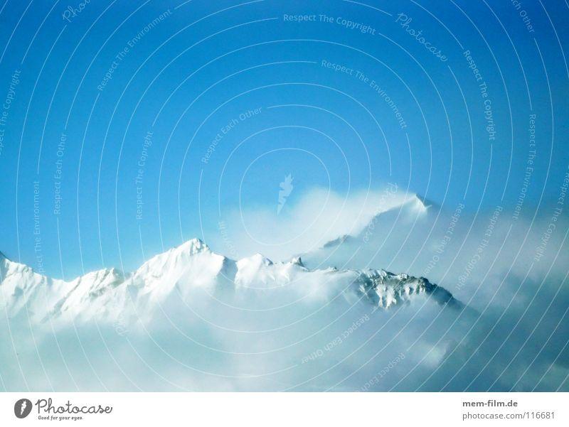 der tag wird toll... Wolken Winter kalt Berge u. Gebirge Schnee Wetter Eis Gipfel Alpen Frankreich Blauer Himmel Dezember unberührt Winterurlaub massiv