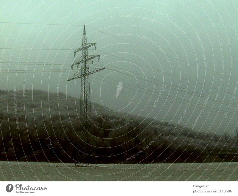 Way to Marburg Himmel Winter dunkel grau Wetter Energiewirtschaft Elektrizität Technik & Technologie Strommast Elektrisches Gerät