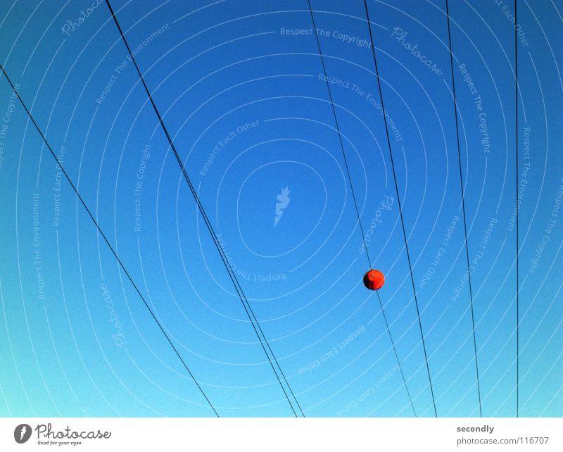 punktiert parallel Strukturen & Formen einfach Luftverkehr Himmel Leitung Kontrast quantität orange blau Punkt lienien tief