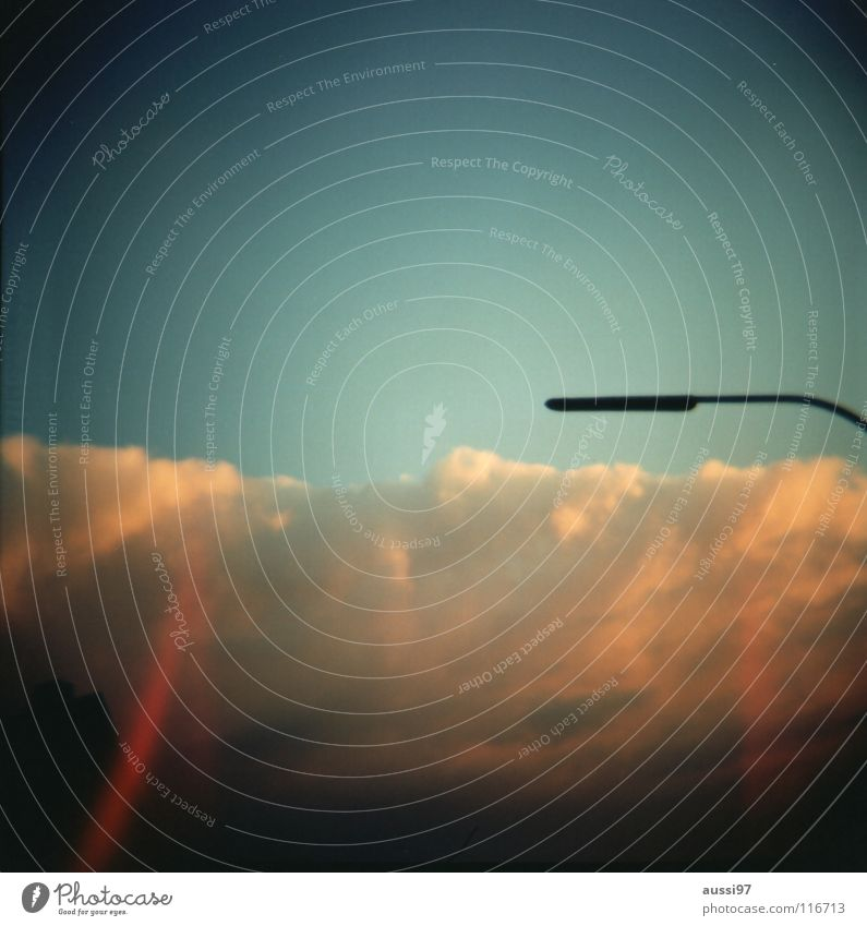 Lightleaks I Himmel Ferne Beleuchtung Lampe Technik & Technologie Straßenbeleuchtung Laterne Gott Götter Lichteinfall Elektrisches Gerät Lomografie
