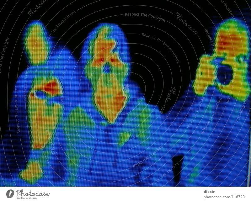 Visualisierte Wärme Farbfoto mehrfarbig Experiment Licht Zentralperspektive Porträt Oberkörper Vorderansicht Blick in die Kamera Blick nach vorn