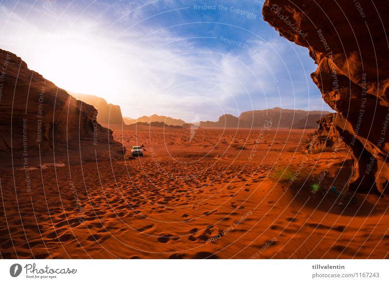 Roter Sand Umwelt Natur Landschaft Erde Himmel Sonne Sonnenaufgang Sonnenuntergang Wärme Dürre Hügel Felsen Berge u. Gebirge Wüste Wadi Rum Jordanien Asien