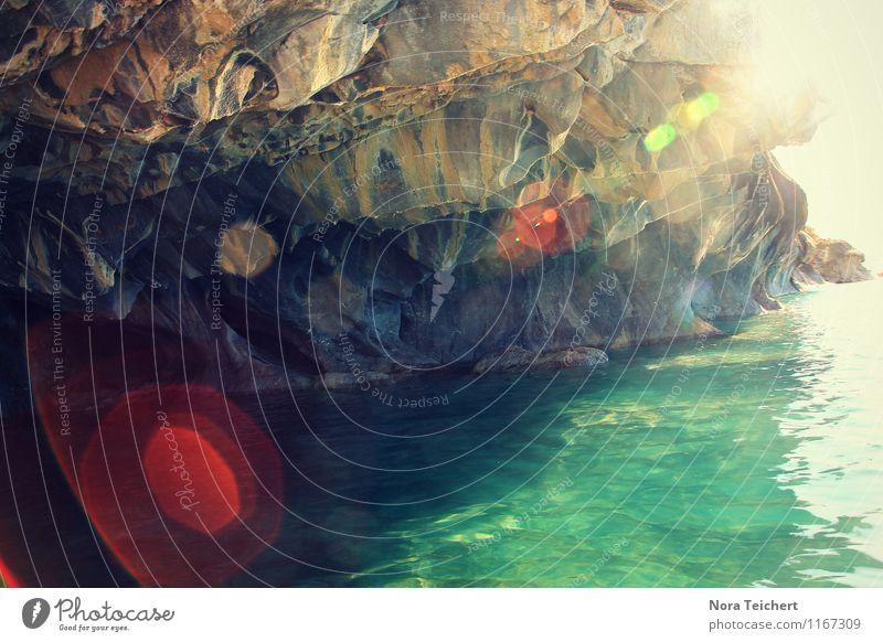 Marmorhöhlen Umwelt Natur Landschaft Wasser Sonne Klima Wetter Schönes Wetter Berge u. Gebirge Schlucht Wellen Küste Bucht Fjord Meer See Chile Südamerika