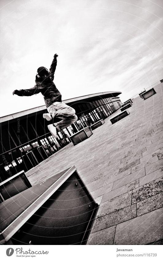 Break BW Dresden springen Freestyle Freude CCD Schwarzweißfoto Young Nation Young People Außenaufnahme Architektur