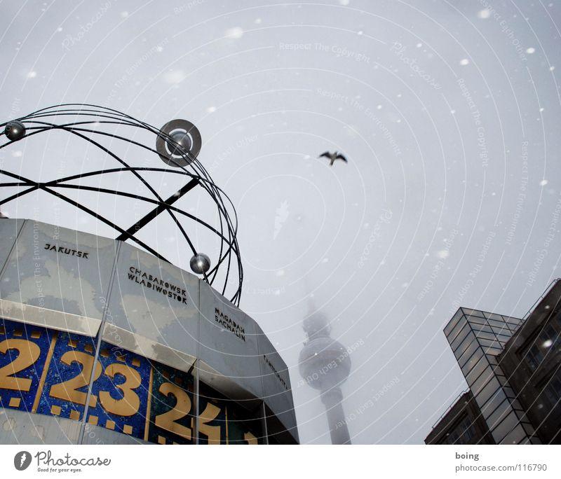Treffpunkt: Ulan Bator, 14:30 Uhr Stadt Winter Ferien & Urlaub & Reisen Schnee Berlin Schneefall Erde Vogel Kunst Nebel Turm Uhr Kultur Mitte Verkehrswege drehen