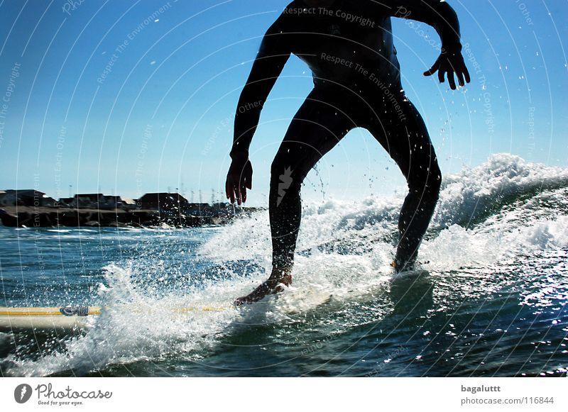 take off Surfbrett extrem Wellen Meer Wassersport Horizont Küste Strand Ferien & Urlaub & Reisen grün weiß mystisch Brandung Umwelt Gefühle Erfrischung Wolken