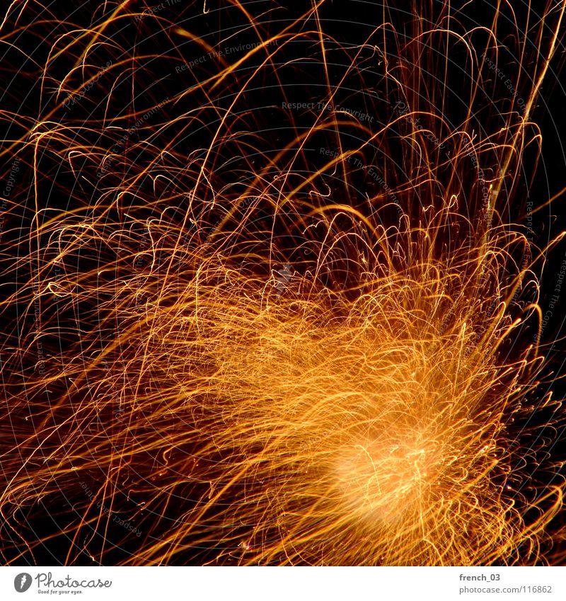 Böllern rot gelb dunkel hell Linie Feste & Feiern orange Brand Feuer leer Eisenbahn Silvester u. Neujahr Rauch Schmerz Feuerwerk brennen