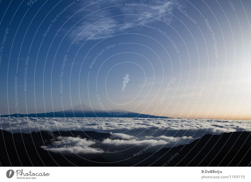 Über den Wolken Ferien & Urlaub & Reisen Tourismus Ausflug Natur Landschaft Himmel Berge u. Gebirge Gipfel Ferne Teneriffa Gomera Morgendämmerung Teide Spanien