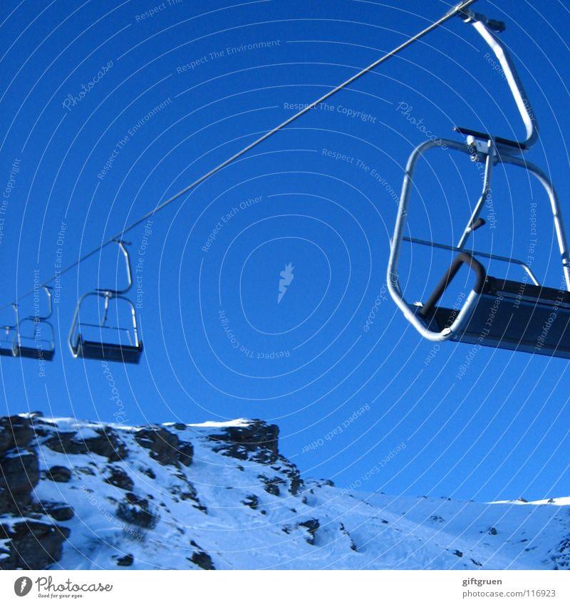 gipfelstürmer Himmel blau Winter Berge u. Gebirge Schnee Sport Spielen Freizeit & Hobby Tourismus Schönes Wetter Seil Gipfel Skier aufwärts abwärts Österreich