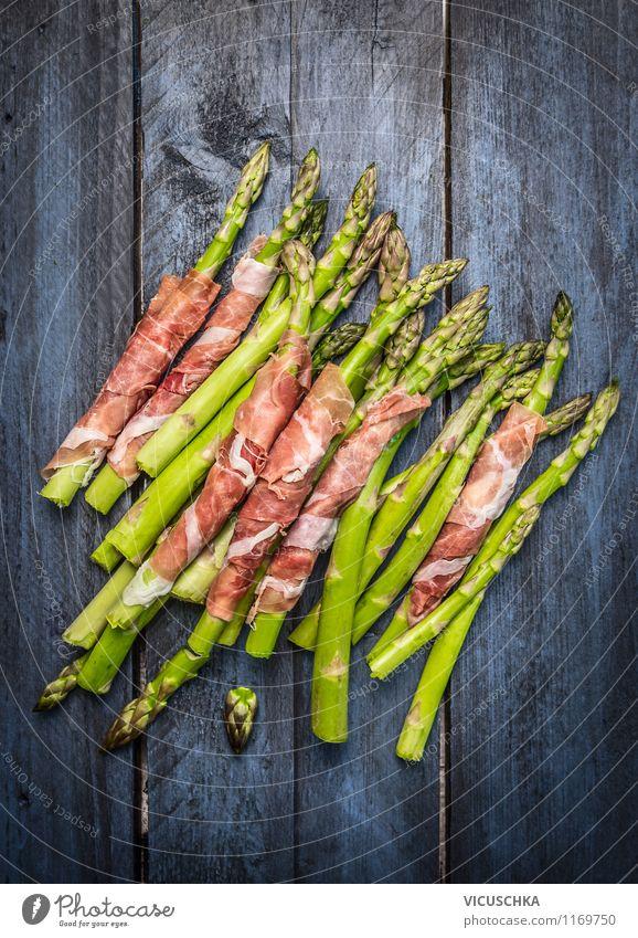 Grüne Spargel mit Schinken blau Gesunde Ernährung Speise Stil Essen Foodfotografie Lebensmittel Design frisch Kochen & Garen & Backen einfach Küche Gemüse