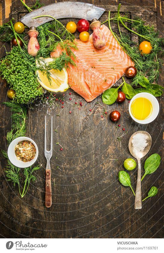 Gesund Fisch Kochen mit viel Kräuter und Gemüse Lebensmittel Salat Salatbeilage Kräuter & Gewürze Öl Ernährung Mittagessen Abendessen Bioprodukte