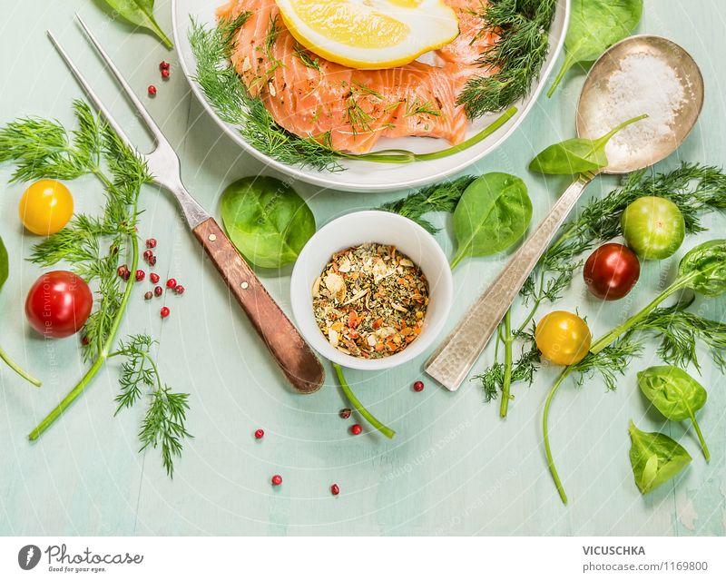 Frische Kräuter und Gewürze für Lachs Lebensmittel Fisch Gemüse Salat Salatbeilage Kräuter & Gewürze Ernährung Mittagessen Abendessen Büffet Brunch Bioprodukte