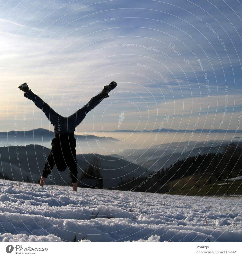 Y Mensch Himmel Baum Freude Winter Wolken Sport Wald kalt Schnee Berge u. Gebirge Nebel Geschwindigkeit Aussicht Lebensfreude Hügel