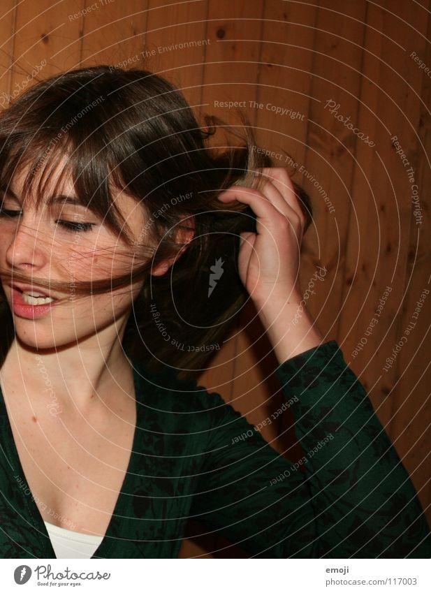lecker Frau Jugendliche schön Freude Gesicht Leben Party Gefühle Spielen Bewegung Haare & Frisuren Kopf Luft Wind Beautyfotografie süß
