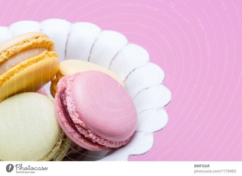 Unwiderstehlich! schön gelb Essen klein Lebensmittel Party rosa Fröhlichkeit Ernährung süß violett lecker Süßwaren trendy Kuchen Dessert